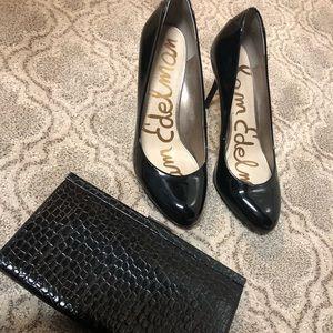 Sam Edelman Patent Black Leather Round Toe Pumps